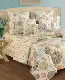 Swayam OFF White Shades Of Paradise Winter Quilts WCS011404
