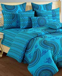 Swayam Turquoise Shades Of Paradise Winter Quilts WCS011426